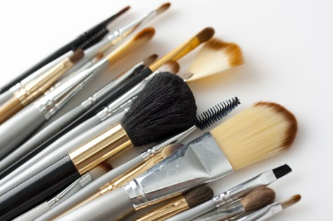 Makeup brush maintenance - when should I clean my makeup brushes?