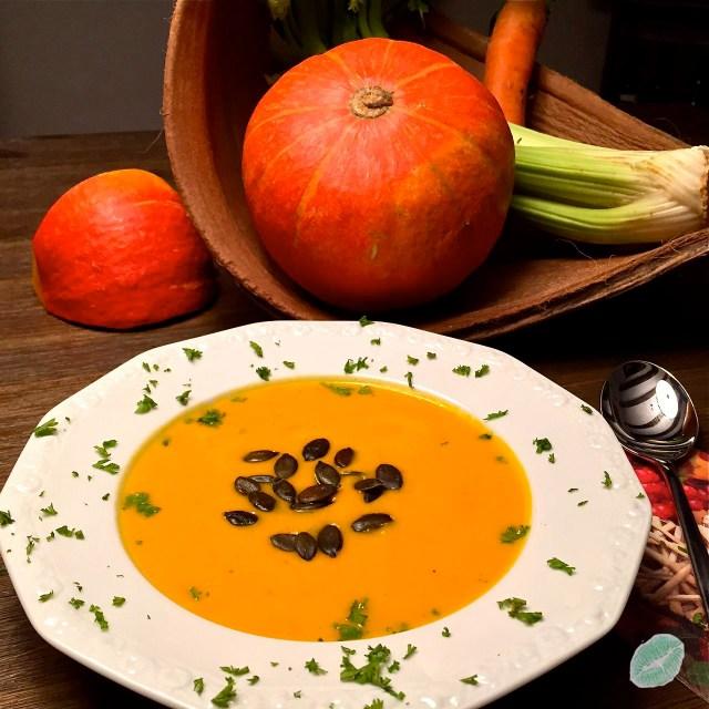 Kürbis-Kokos Suppe