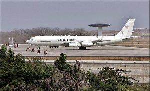 Avión AWAC en Manta