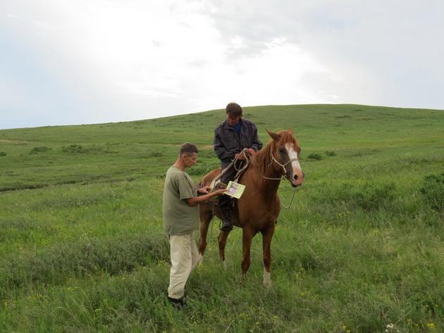 Эколого-просветительская работа с местными чабанами, Забайкальский край. Фото предоставлено О.А. Горошко