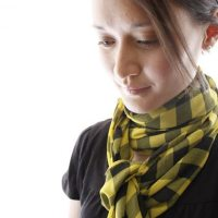 seamless scarf