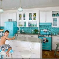 turquoise-appliances.jpg