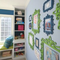 playroom-art-display