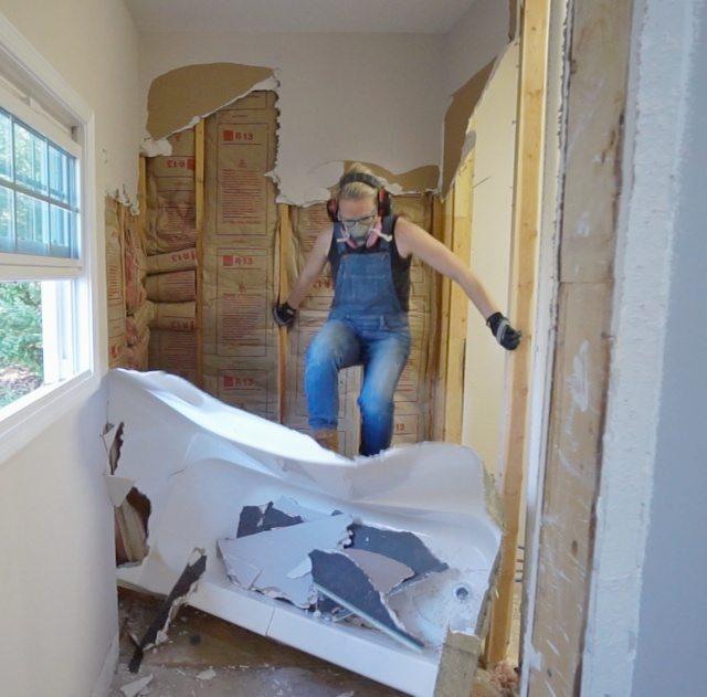 Removing bathroom vanity