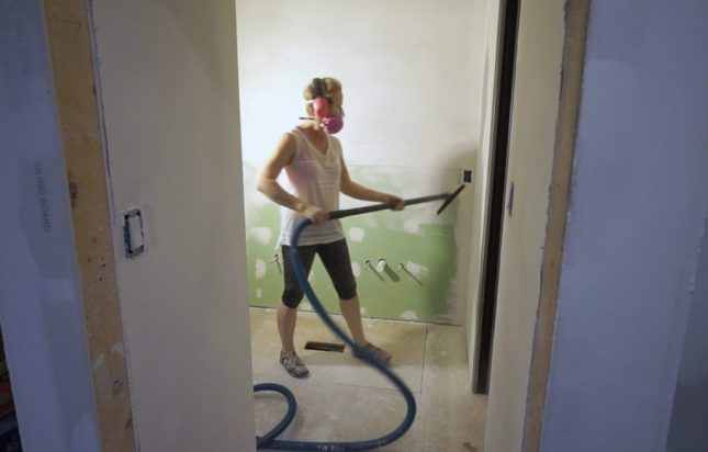 Bathroom reno update - week 8