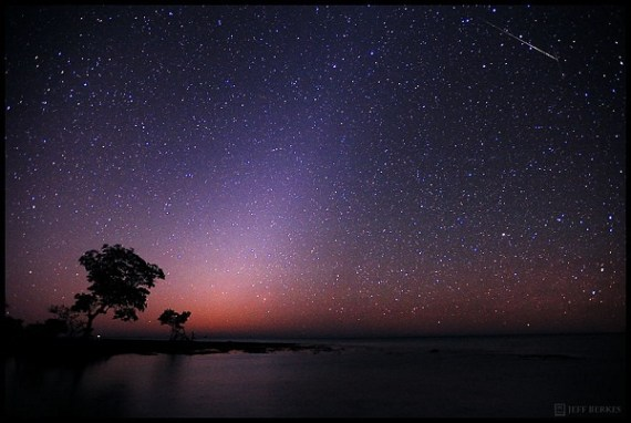 Astrophotographer Jeff Berkes took this photo of the Quadrantid meteor shower on Jan. 4, 2012. (Credit: Jeff Berkes )