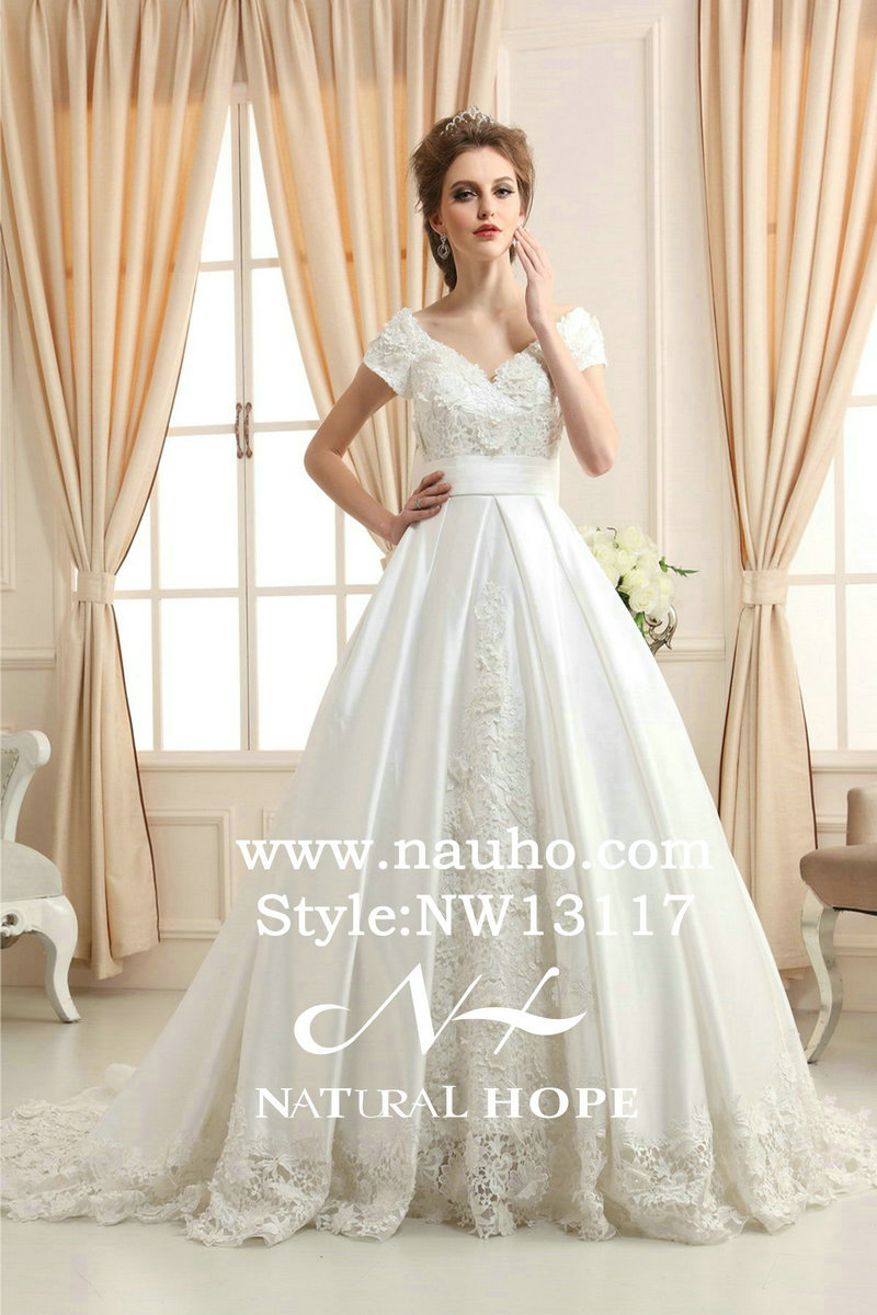 puffy wedding dresses big puffy wedding dresses Big Puffy Wedding Dresses with Sleeves