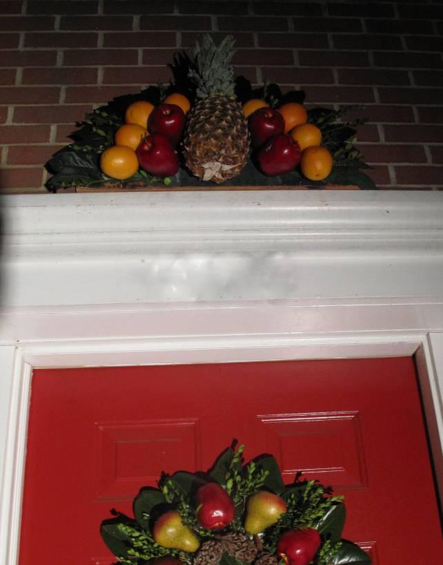 Williamsburg Fruit Fan, Over the door decoration, Williamsburg decorating, Christmas decorating, Fruit wreath, Williamsburg diy