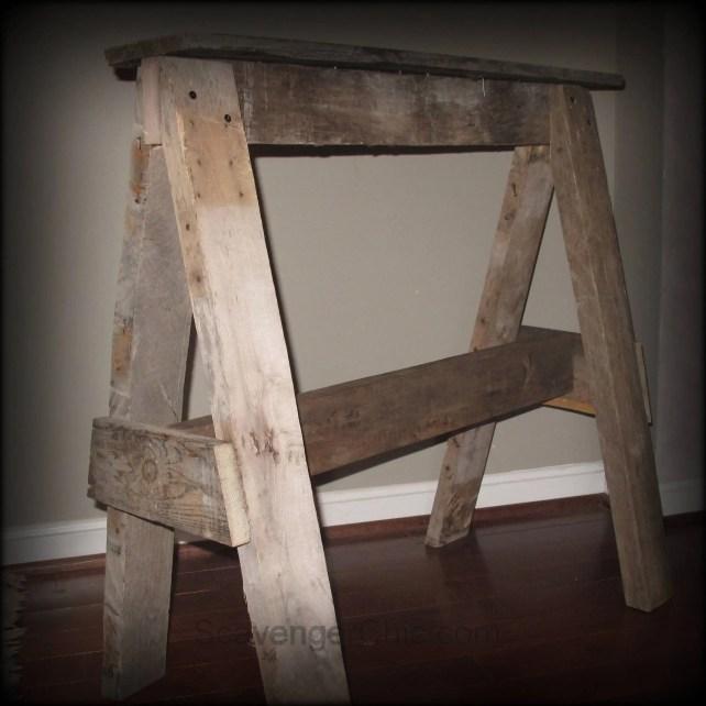 Pallet Wood Sawhorse diy