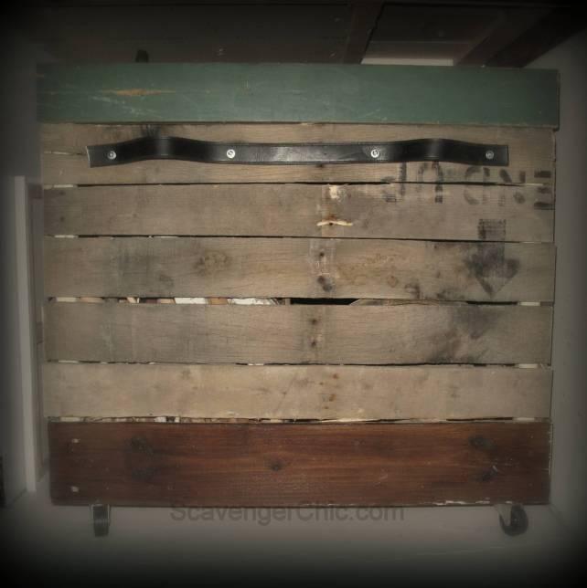 Pallet Wood Rolling Storage Cart