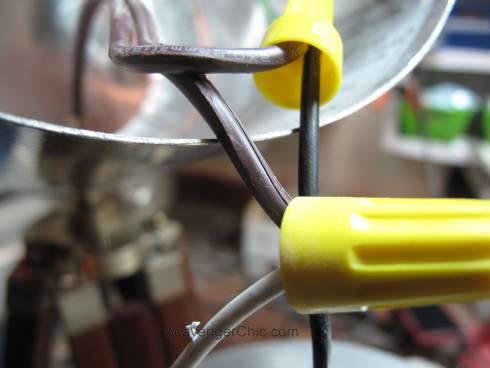 Tripod Spotlight Lamp diy-004