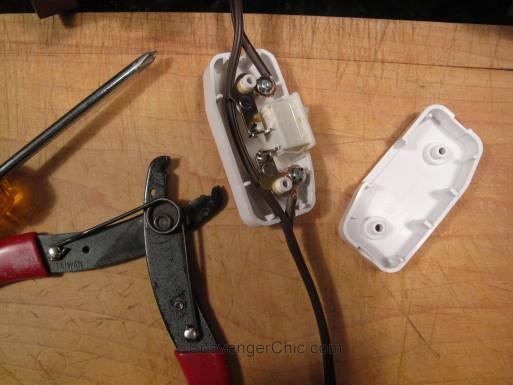 Tripod Spotlight Lamp diy wiring a thumb switch-001