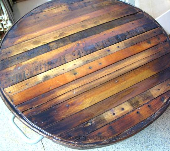 Pallet Wood Butcher Block Top over a  Galvanized Wash Tub, small outdoor table-012