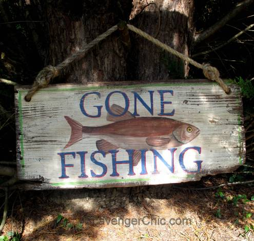 Gone Fishing DIY Vintage Style Sign