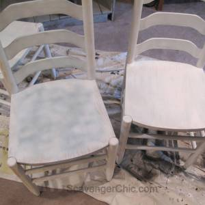 Pedestal Table  & Chairs Makeover