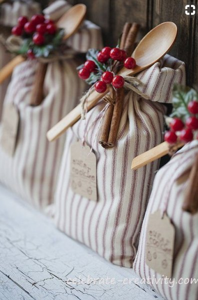 Homemade and DIY Gifts- Bagged Cookie Mix