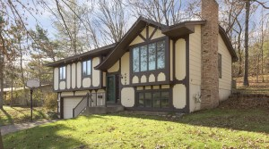 4908 Winterset Drive in Minnetonka