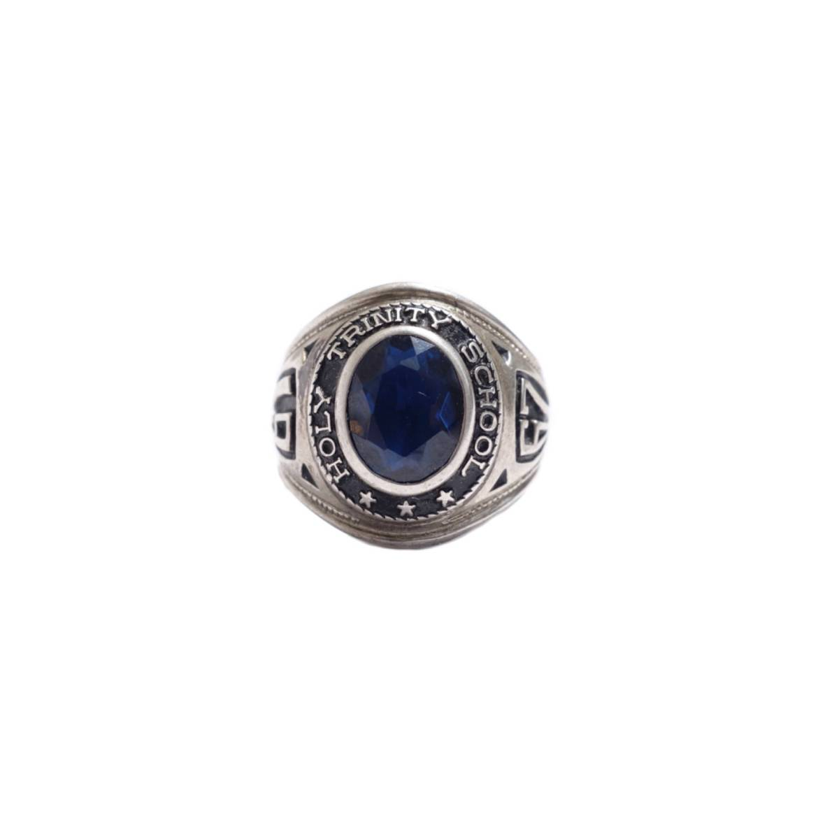 Vintage College Ring vintage styling blog