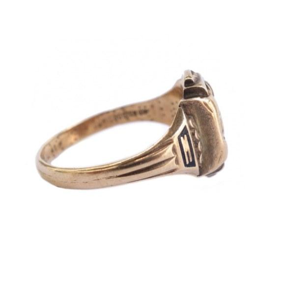 """""""JOSTEN""""  College Ring vintage blog"""