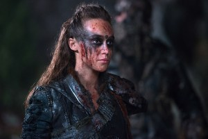 """The 100 -- """"Blood Must Have Blood, Part One"""" -- Image HU215B_0365 -- Pictured: Alycia Debnam-Carey as Lexa -- Credit: Diyah Pera/The CW -- © 2015 The CW Network, LLC. All Rights Reserved"""