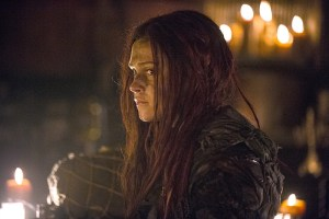 """The 100 -- """"Wanheda: Part One"""" -- Image HU301b_0323 -- Pictured: Eliza Taylor as Clarke -- Credit: Cate Cameron/The CW -- © 2015 The CW Network, LLC. All Rights Reserved"""