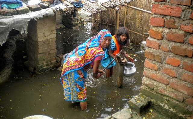 Flood relief by Sisters continue in Bakhtiarpur