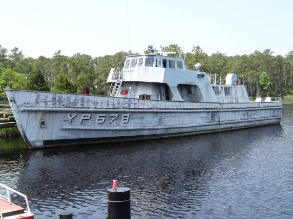"""The """"ultimate"""" Naval Academy patrol boat could be yours"""
