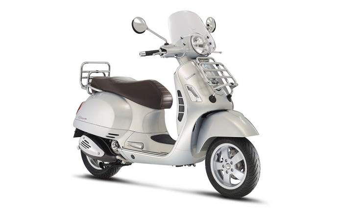 2015 vespa gts gets abs asc and new touring edition scooterfile. Black Bedroom Furniture Sets. Home Design Ideas