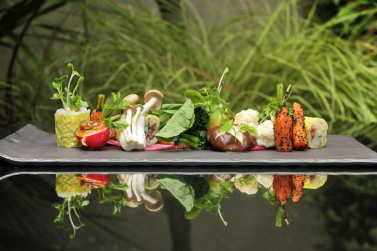 Minami-Garden-Plate-DOVF-