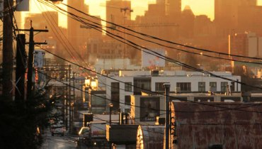 1,000 COOL THINGS ABOUT VANCOUVER | The View Of The City From This East Van Alley