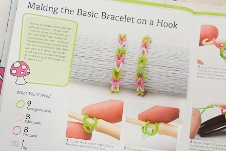 Review & Giveaway - Rubber Band Jewelry at Craft Gossip-3