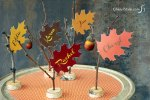 Freebie   Printable Thanksgiving Leaf Place Cards