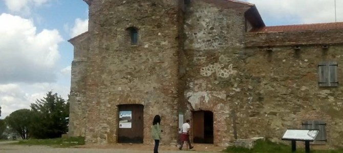 A day trip to Extremadura – idyllic countryside and a medieval hilltop monastery