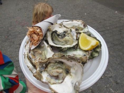 oysters, camarones, shrimp, seafood, Carnaval, Cadiz, Carnaval de Cadiz, family