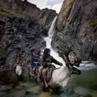 [Inspiration] Les Dukhas, un peuple hors du temps