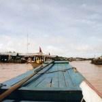 東南アジア最大の湖、トンレサップ湖をボートで揺らり♪【カンボジア】