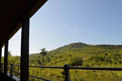 トリニダーから鉄道でマナカ・イスナガへ 【キューバ Cuba】