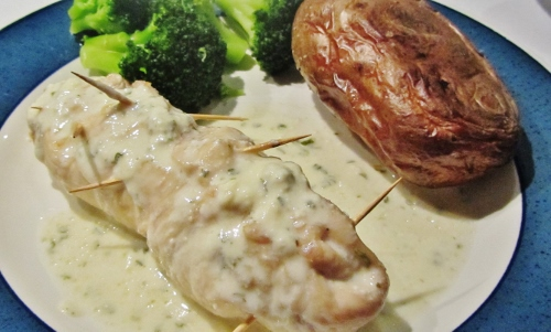 roule stuffed chicken (500x301)