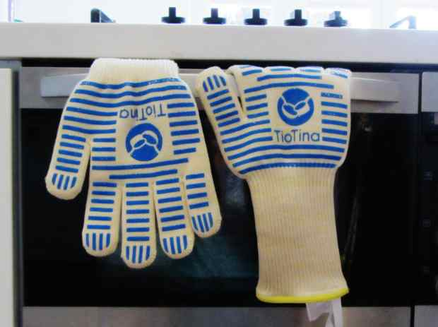 TioTina premium oven gauntlet gloves