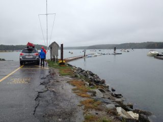 Unloading kayaks from the car in Damariscotta Maine