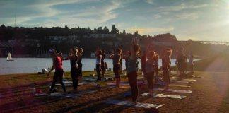 yoga-gas-works-park-seattle-2