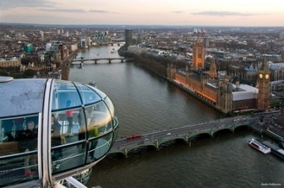 Seeing Big Ben from a London Eye Capsule