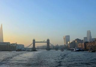 london-skyline-mistakes-funny