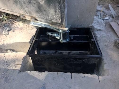 Pose d'un caisson pour automatisme de portail super frog (Moteur pouvant supporter un vantail de 1500kg)