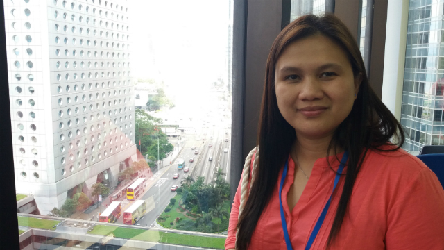 EYE-OPENER. Domestic helper Analyn Regulacion says learning financial literacy will help her end her stint as an OFW in Hong Kong. Photo by David Lozada/Rappler