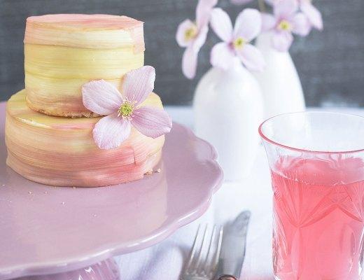 Rhabarber-Kaese-Sahne-Torte-Titel