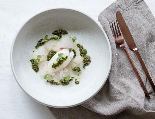 Sashimi vom Loup de Mer | Kaffir Limetten Sorbet | Koriander Sesam Pesto |seelenschmeichelei.de
