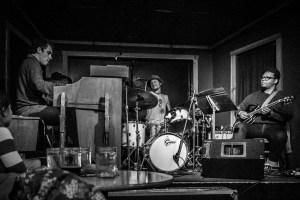 Wil Blades Trio at Sam Bond's Garage 2014-01-15