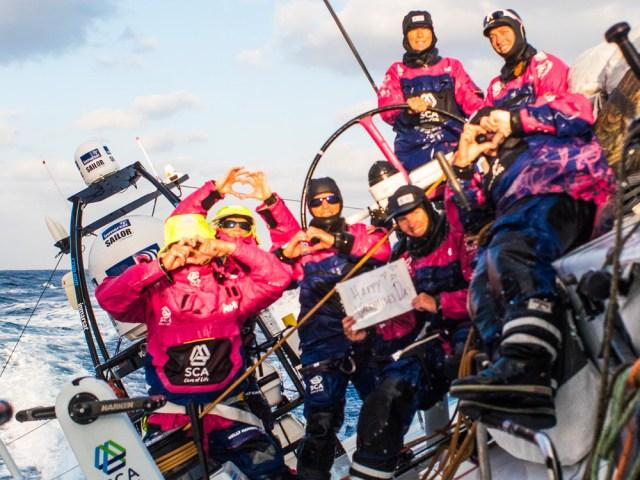 Valentinsgrüße vom SCA Team. © Anna-Lena Elled / Team SCA / Volvo Ocean Race