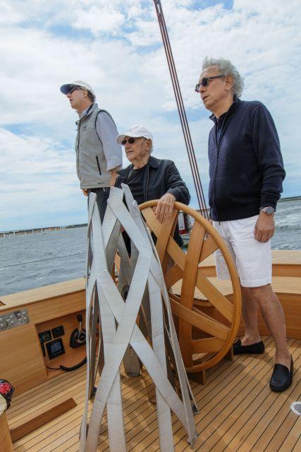 Frank Gehry, Yacht, Foggy, German Frers